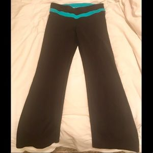 """VS SEXY SPORT"" Flare Workout Pants w/ Key Pocket"